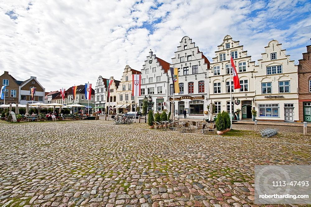 Historical houses at Friedrichstadt, Schleswig Holstein, Germany, Europe