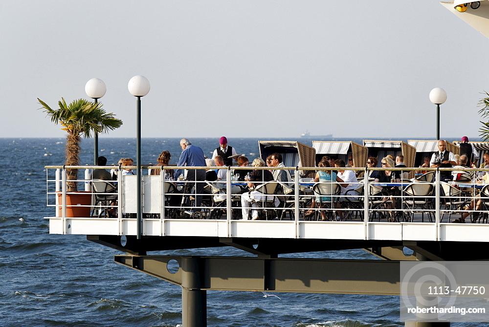 Restaurant Ponte Rialto on the pier, Baltic Sea, Seaside Resort Herringsdorf, Island of Usedom, Mecklenburg-Western Pomerania, Germany