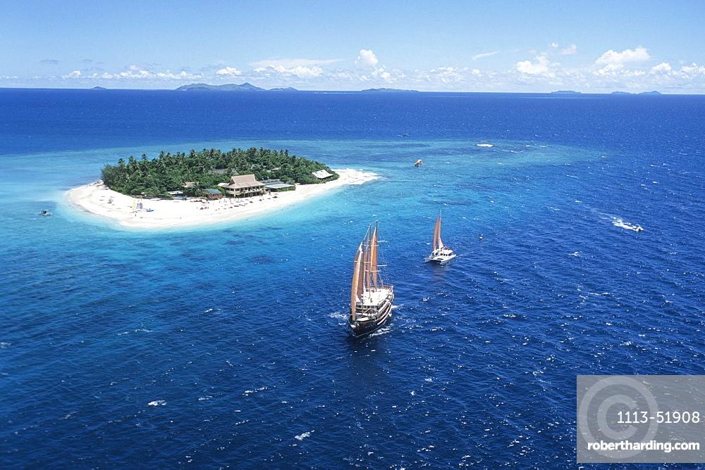 Arial Shot, Beachcomber Island, Mamanuca Group Fiji