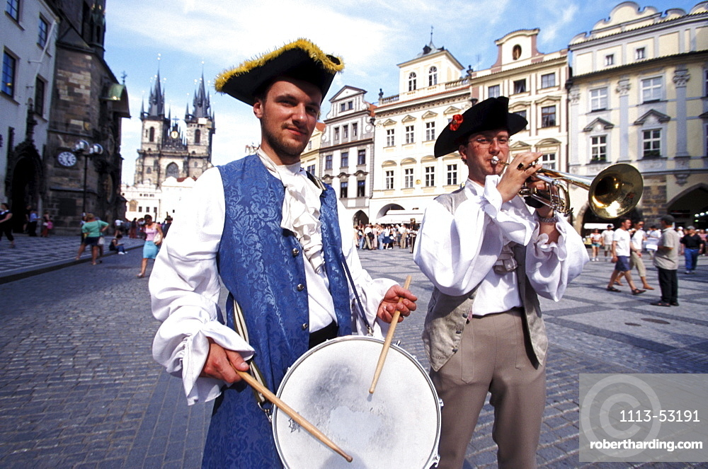 Musicians at the old town, Old Town Square, Prague, Czechia, Europe