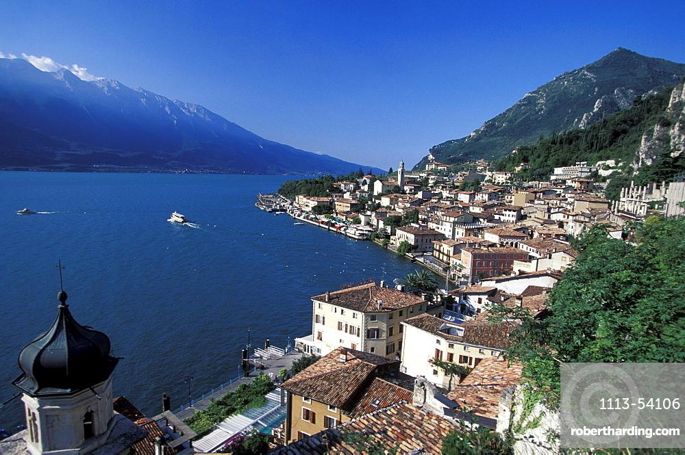 Hightened view of Trentino and Lake Garda, East shore, Lake Garda, Trentino, Italy