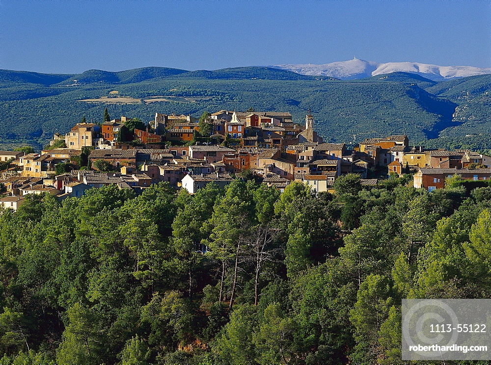 Roussillon and Mont Ventoux in the sunlight, Vaucluse, Provence, France, Europe