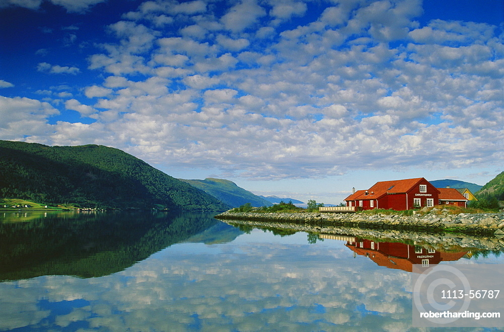 Nordfjord bei Nordfjordeid, Westl. Mittel-Norwegen