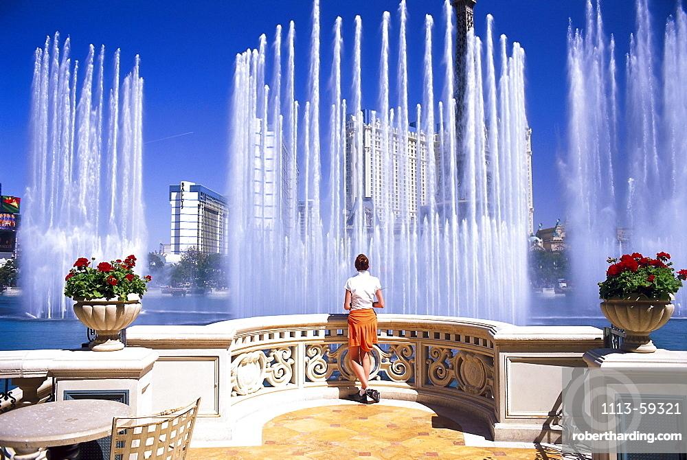 Hotel Bellagio¥s dancing fountains, Las Vegas, Nevada, USA, America