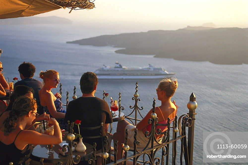 People at Cafe Palia Kameni with seaview, Fira, Santorin, Cyclades, Greece, Europe