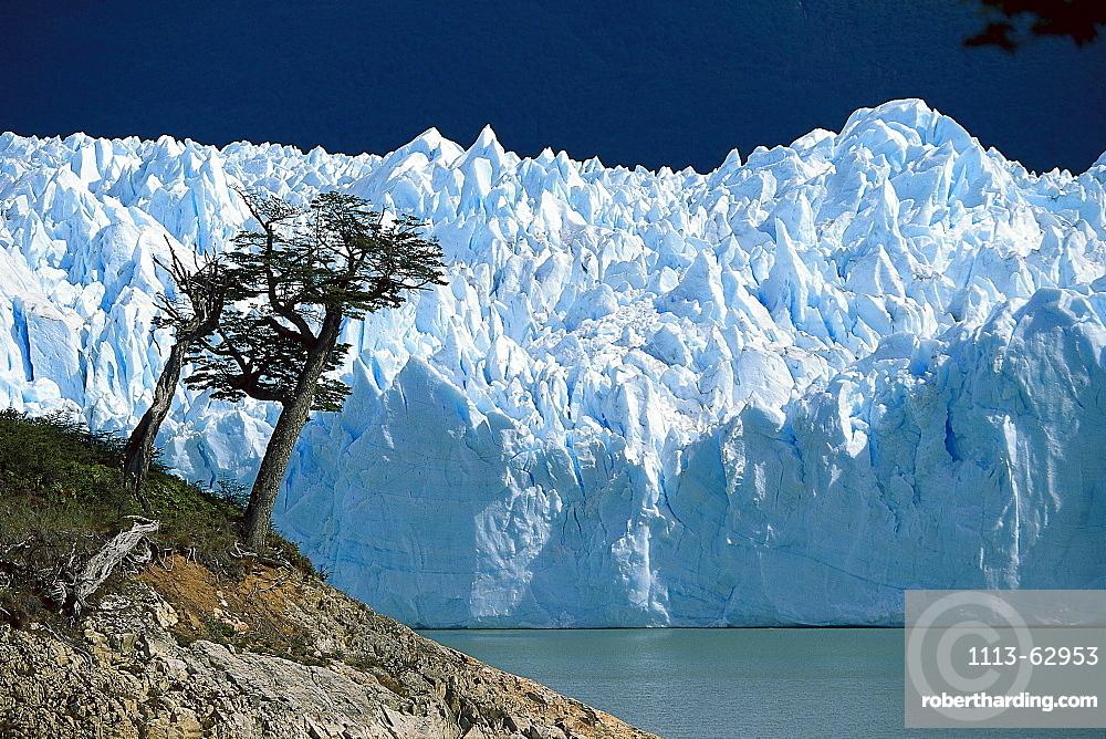Perito Moreno Glacier, Lago Argentino, Los Glaciares National Park, Argentina
