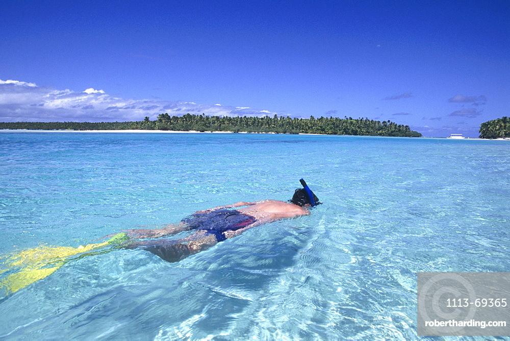 Snorkelling in Aitutaki Lagoon, Aitutaki, Cook Islands
