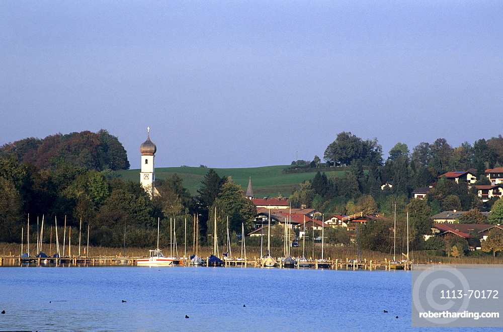 Gmund at lake Tegernsee with sailing boats, Bavarian Alps, Upper Bavaria, Bavaria, Germany