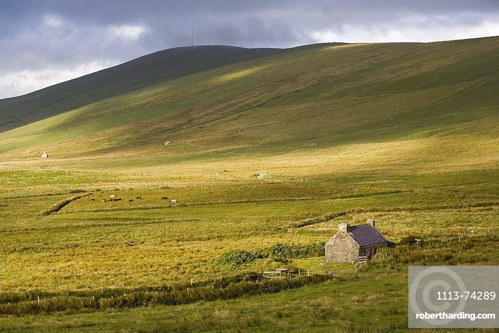 Landscape between Ballynahow and Portmagee, Ring of Kerry, Ireland, Europe