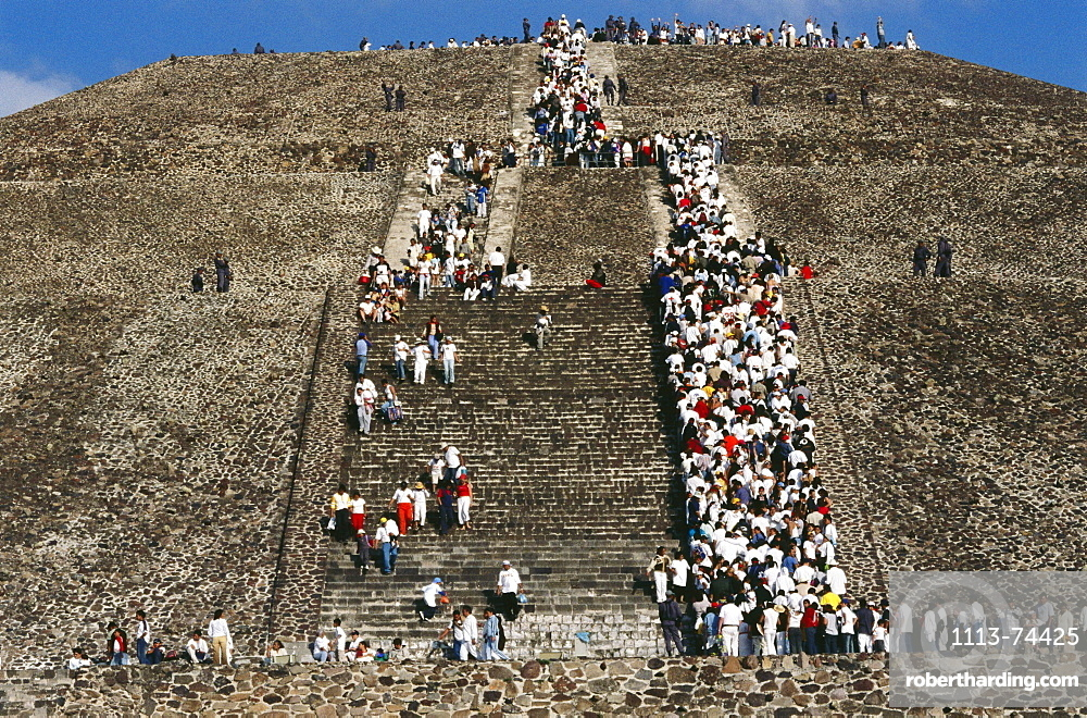 Festival to celebrate day and night, 22.03., Teotihuacan, Mexico