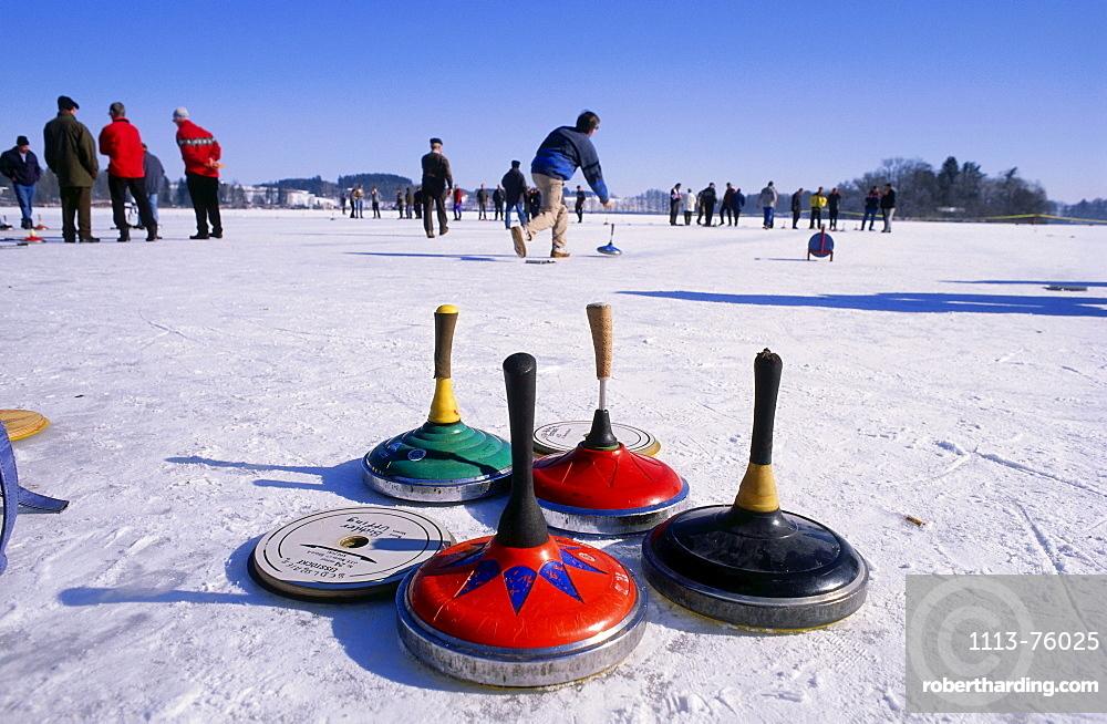 People curling on Lake Staffelsee, Upper Bavaria, Bavaria, Germany, Europe