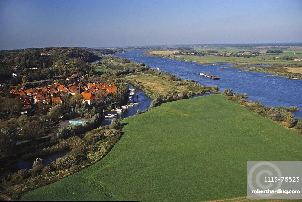 aerial photo of the river Elbe near Hitzacker, Lower Saxony, northern Germany