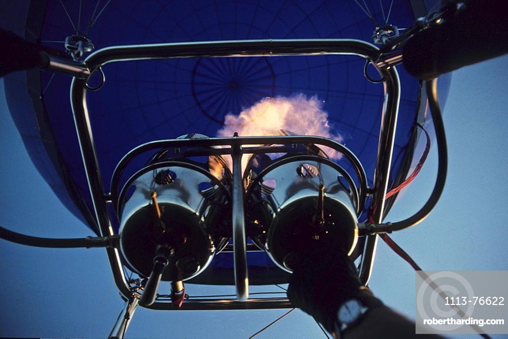 hot air balloon start on ground, gas burner, Lower Saxony