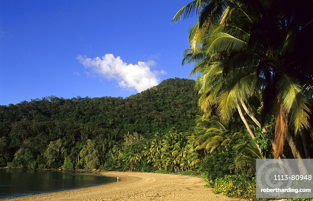 Brammo Bay, the main beach of the Dunk Island Resort, Dunk Island, Great Barrier Reef, Australia