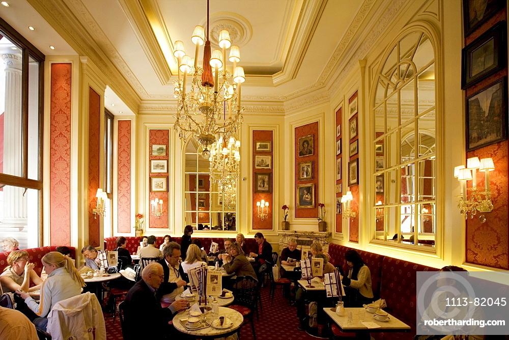 Vienna Austria Cafe Sacher interieur