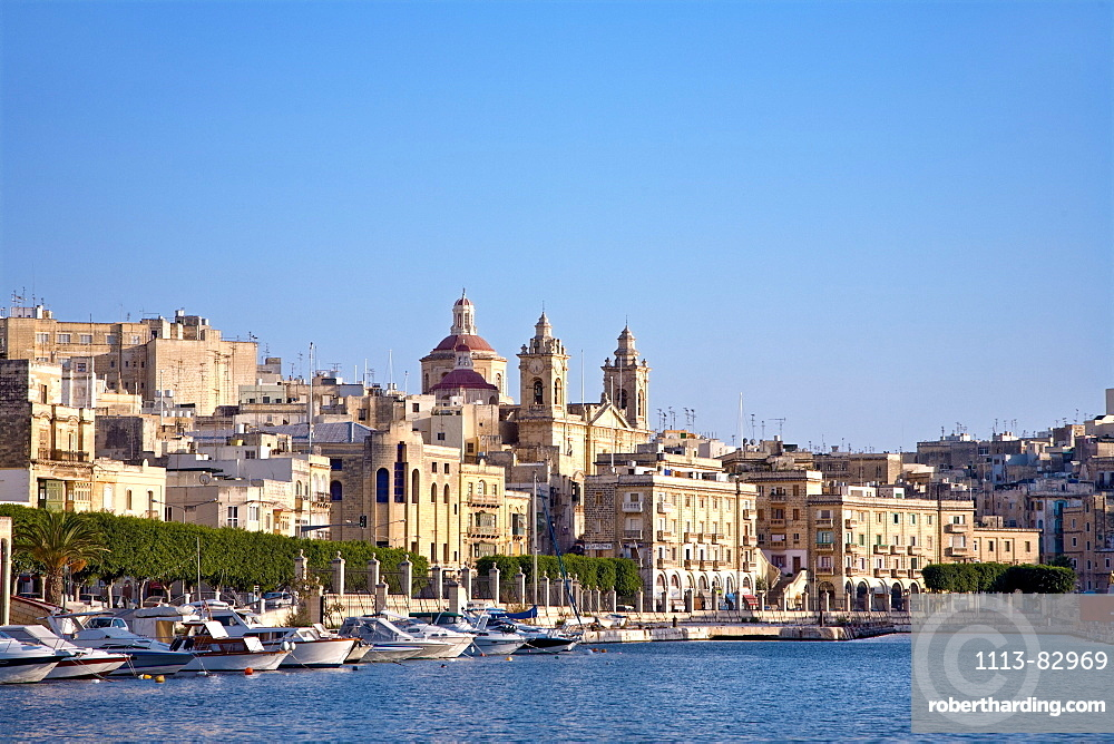 View at harbour and city in the sunlight, Three Cities, Vittoriosa, Valletta, Malta, Europe