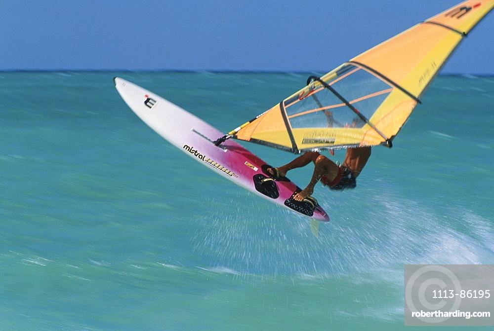 Windsurer, Kauluia Beach, Oahu, Hawaii, USA