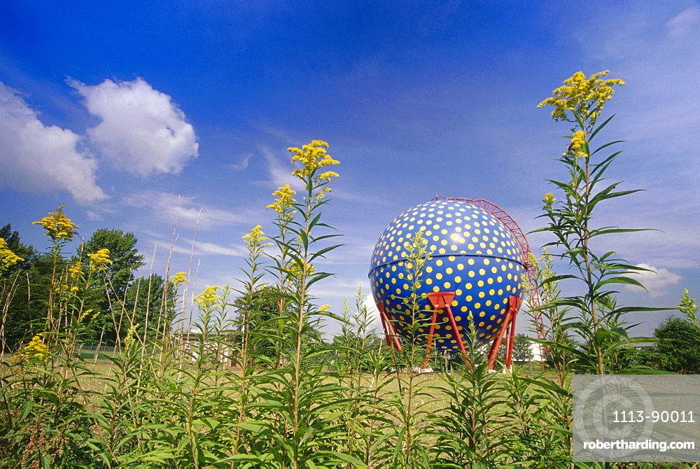 Gas tank in the shape of a ball, Rhine Herne Canal, Ruhr, Ruhr Valley, Northrhine Westphalia, Germany