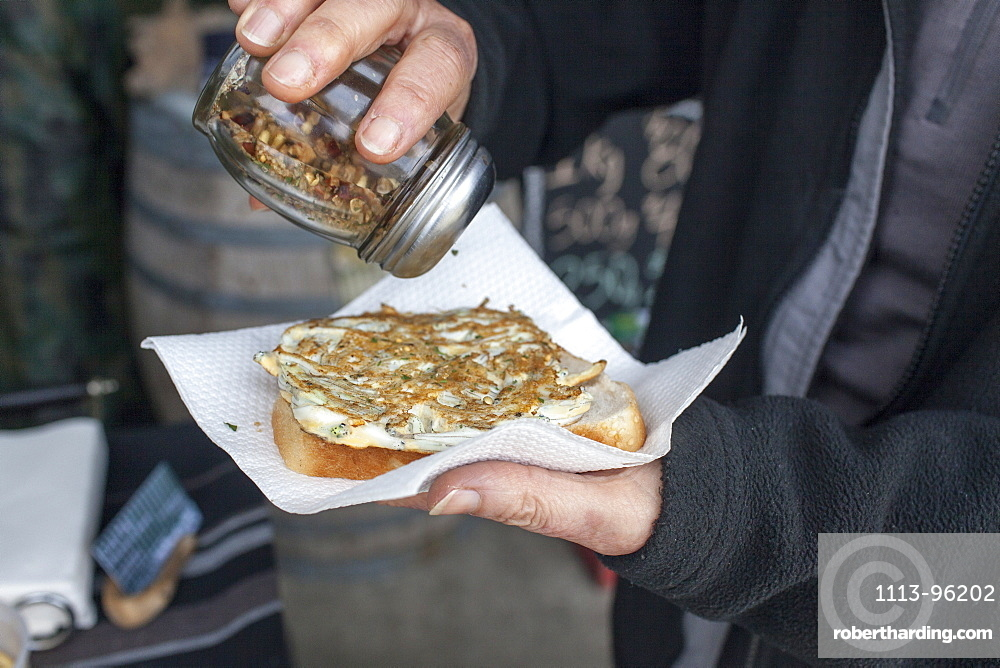 Whitebait omelette, pattie, small fish baked in omelett and served on white bread, West coast, South Island, New Zealand