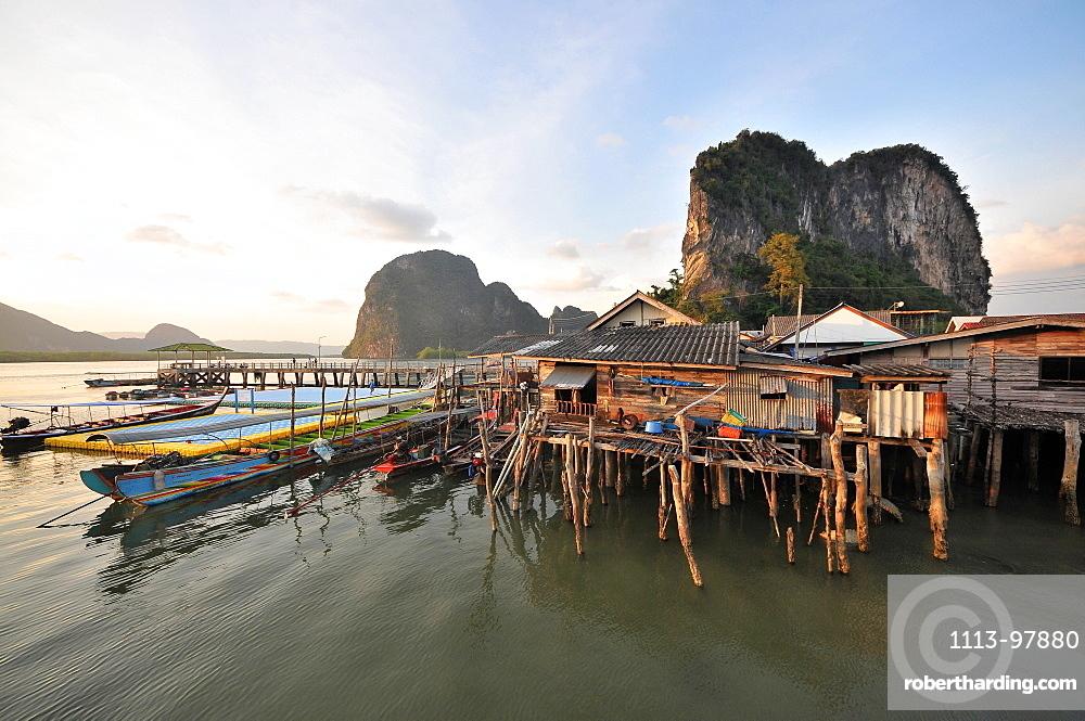 Ko Panyi stalkvillage in Ao Phang Nga near Phuket, Andaman Sea, Thailand, Asia