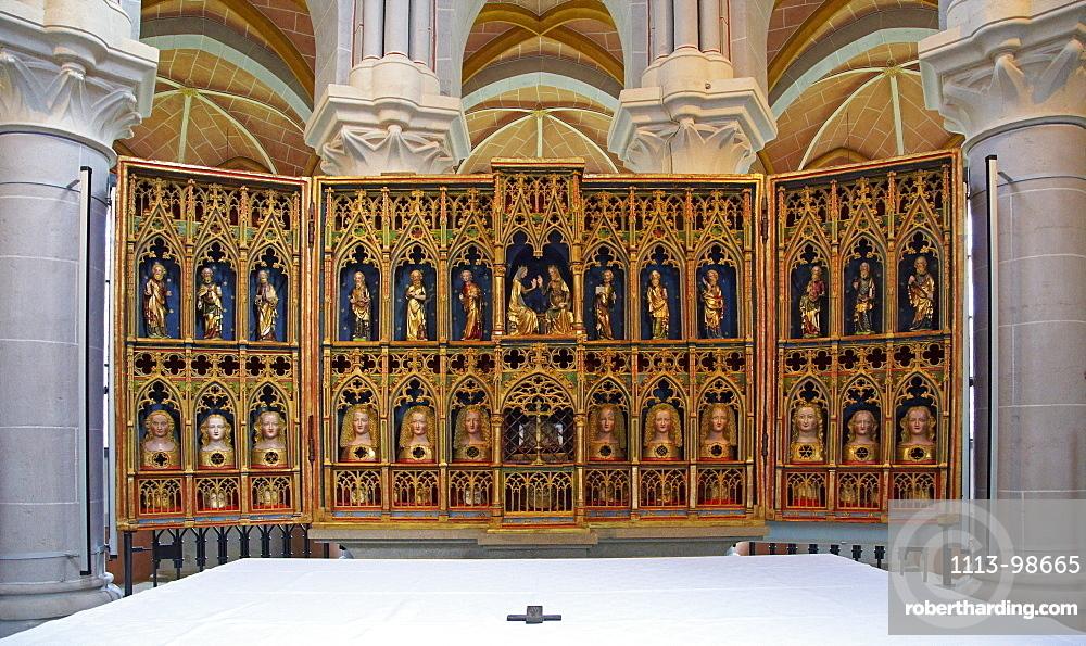 Altar in Abtei Marienstatt, 13th century, Nistertal, Streithausen, Westerwald, Rhineland-Palatinate, Germany, Europe