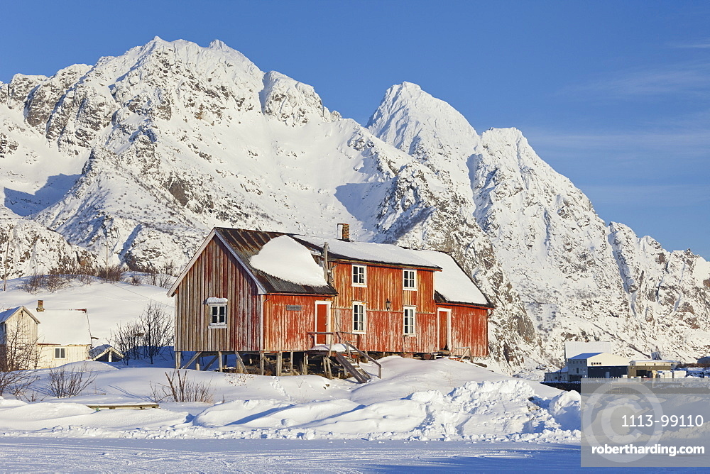 Henningsvaer, Ausvagoya, Lofoten, Nordland, Norway