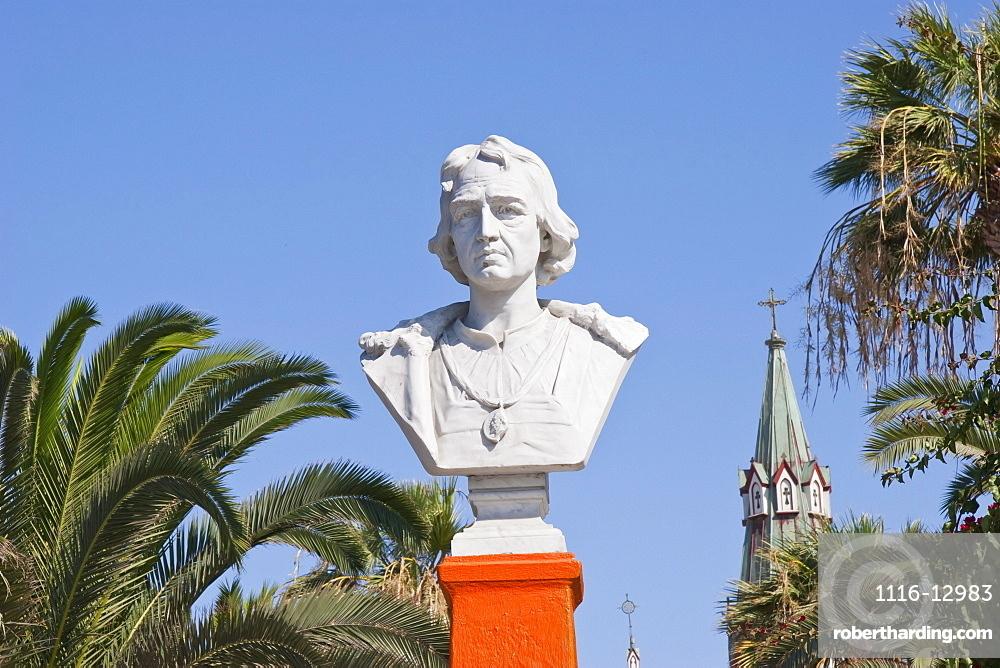 Bust of Christopher Columbus on Plaza Colon, Arica, Arica & Parinacota Region, Chile