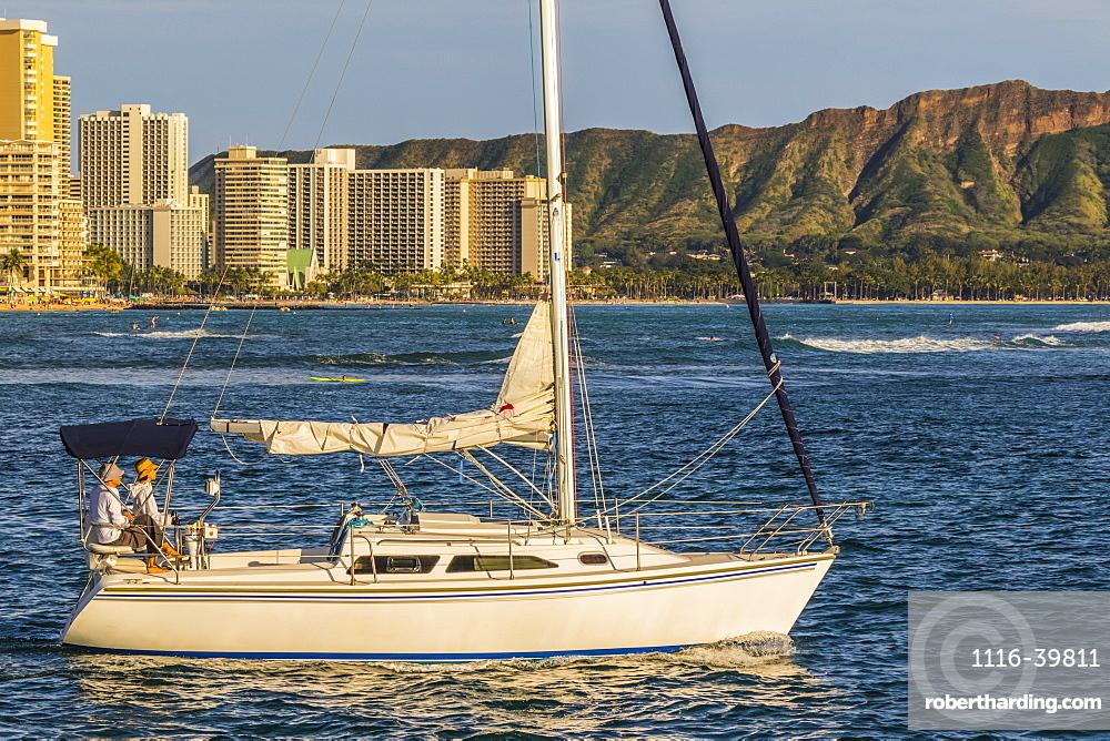 Sailing from the Ala Wai boat harbor past Waikiki and Diamond Head, Honolulu, Oahu, Hawaii, United States of America