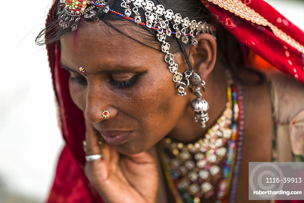 Portrait of a Hindu Indian woman, Jaisalmer, Rajasthan, India