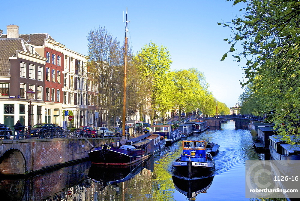Boats on Brouwersgracht, Amsterdam, Netherlands, Europe