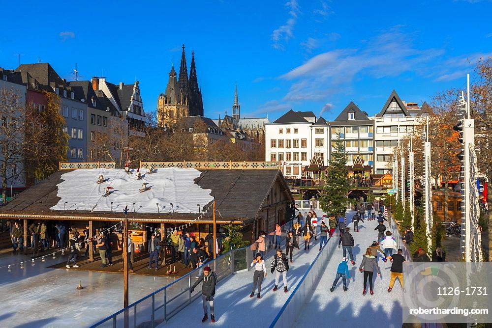 Skating, Cologne Christmas Market, Cologne, North Rhine-Westphalia, Germany, Europe