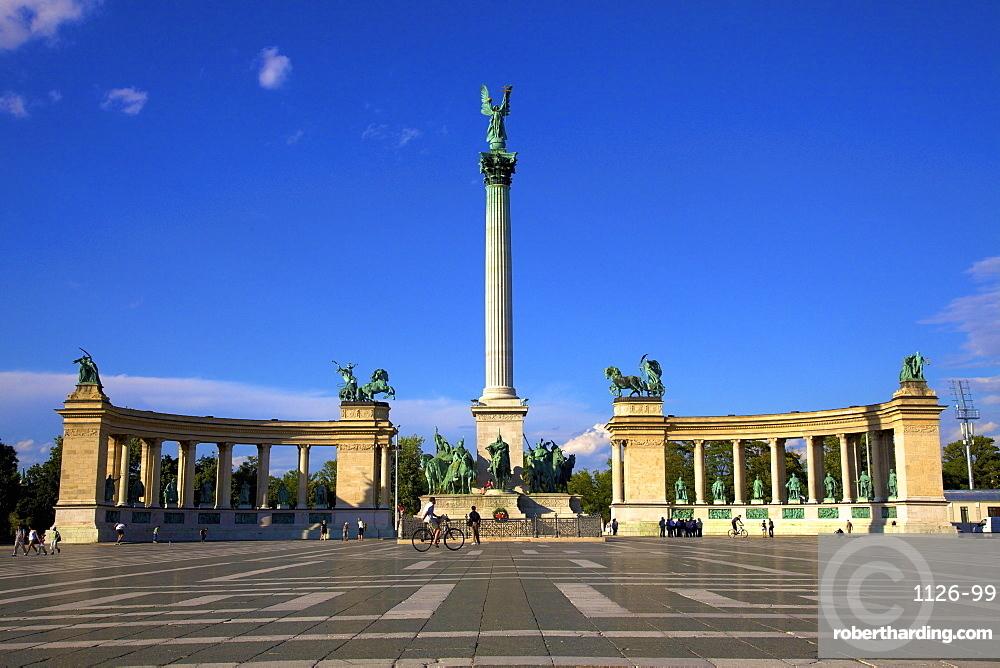 Millennium Monument, Heroes Square, Budapest, Hungary, Europe