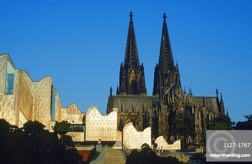 Cathedral and museum Ludwig, Cologne, North Rhine-Westphalia, Germany