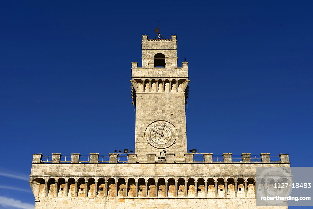 Europe, Italy, Tuscany, Montepulciano, Old Townhall