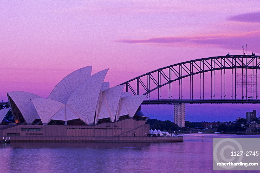 Sydney Opera House and Harbour Bridge, Sydney Bay, Sydney, New South Wales, Australia