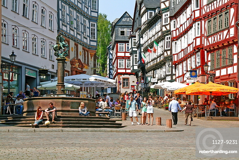 Old town, half-timbered houses, fountain, Marburg, Hesse, Germany