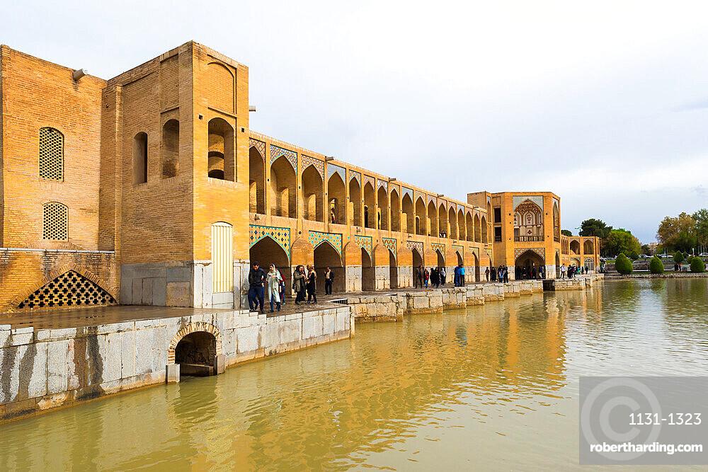 Pol-e Khadju bridge over Zayanderud river, Esfahan, Iran