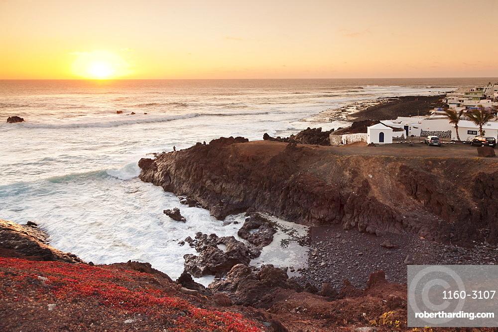Fishing village El Golfo at sunset, Lanzarote, Canary Islands, Spain, Atlantic, Europe