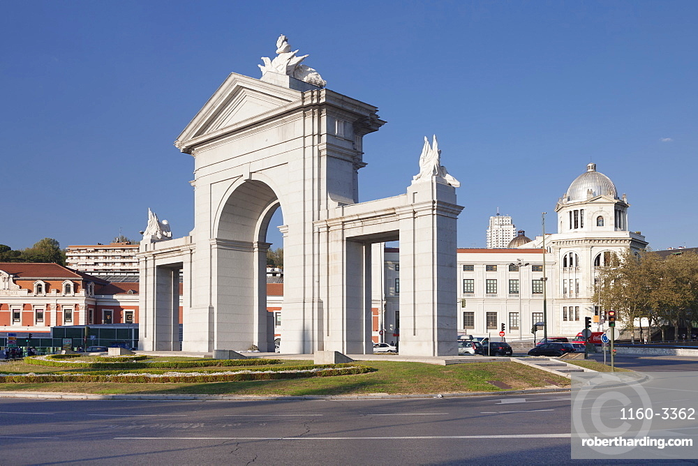 Puerta de San Vicente Gate with Principe Pio Station, Glorieta de San Vicente in the background, Madrid, Spain, Europe