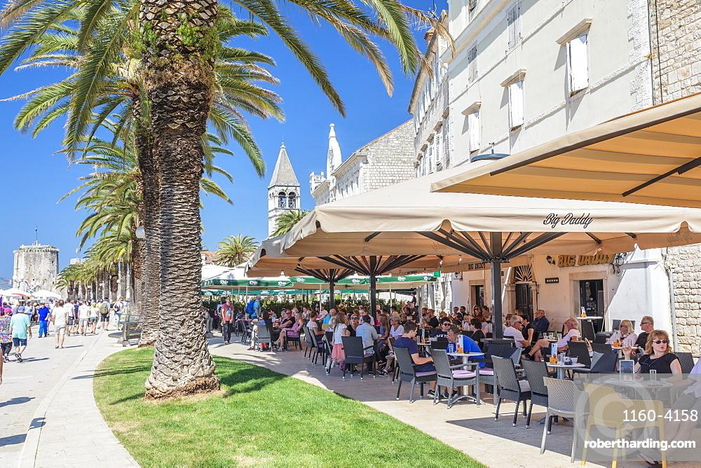 Street Cafes at Riva Promenade, Trogir, UNESCO World Heritage Site, Dalmatia, Croatia, Europe