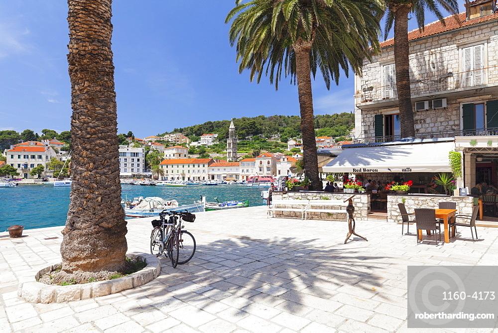 Restaurant on the promenade, Hvar, Hvar Island, Dalmatia, Croatia, Europe