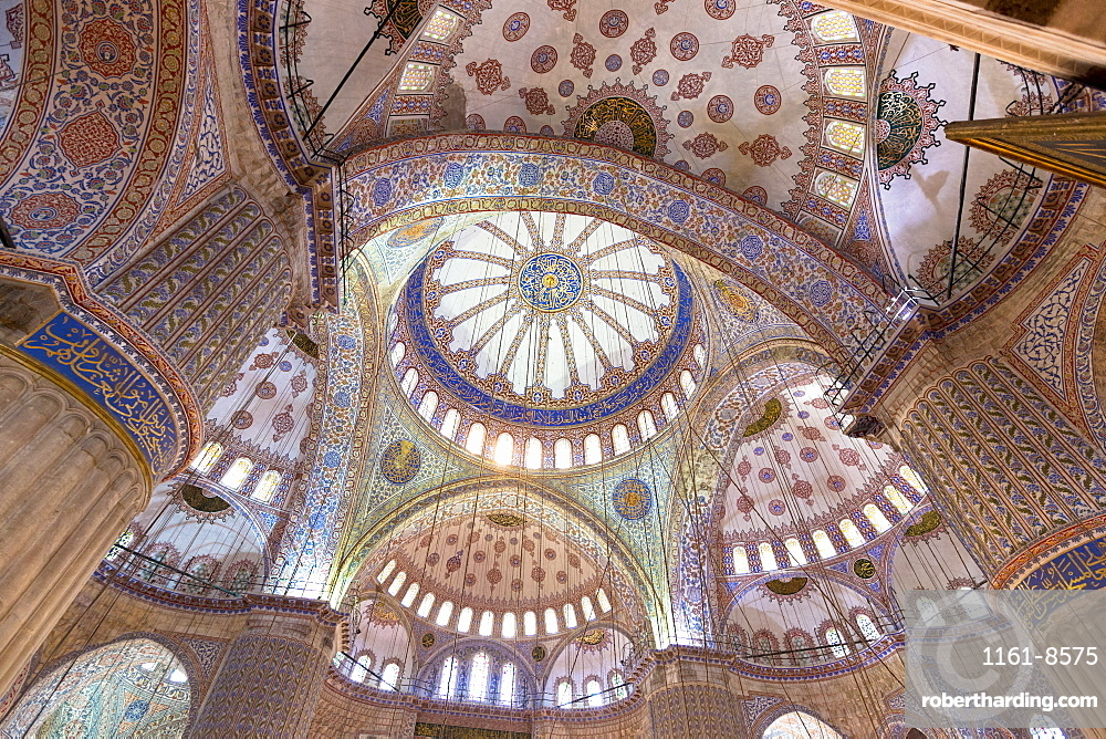 Ornate domes of the Blue Mosque (Sultanahmet Camii) (Sultan Ahmet Mosque) (Sultan Ahmed Mosque), UNESCO World Heritage Site, 17th century monument in Istanbul, Turkey, Europe