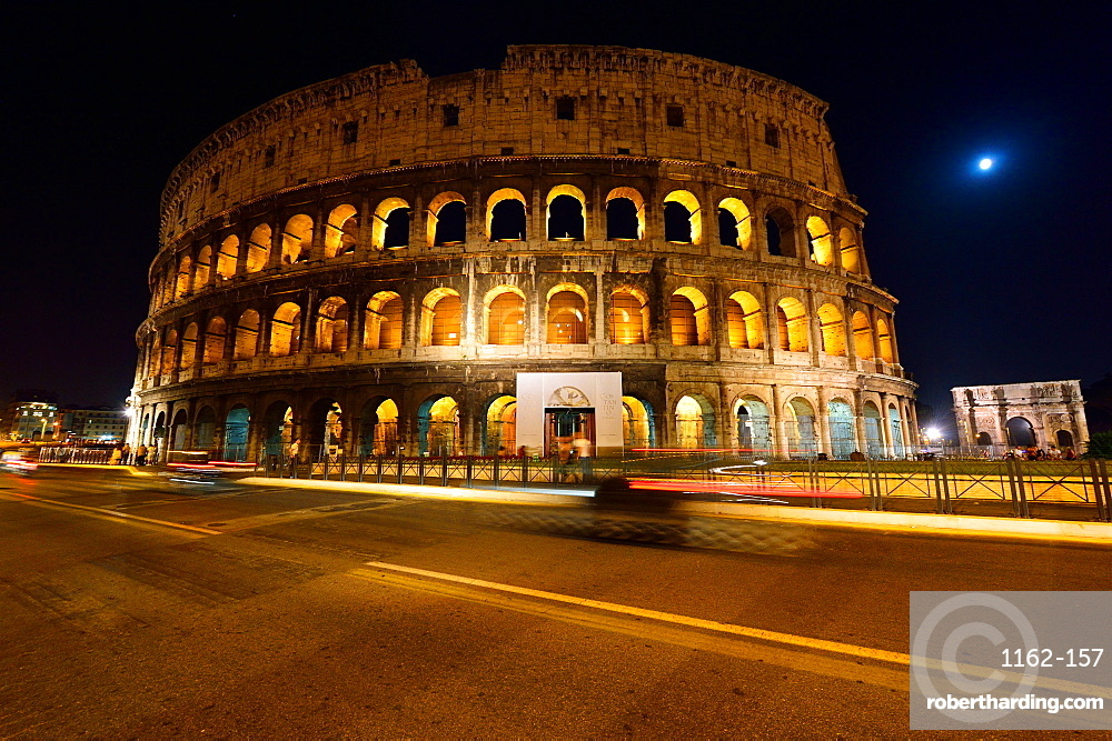 Colosseum and Arch of Constantine at night, UNESCO World Heritage Site, Rome, Lazio, Italy, Europe
