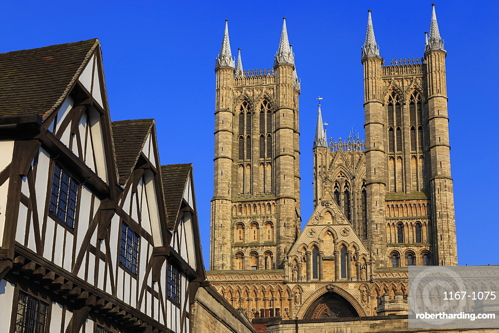 Half-timbered Leigh-Pemberton House and Lincoln Cathedral, from Castle Square, Lincoln, Lincolnshire, England, United Kingdom, Europe
