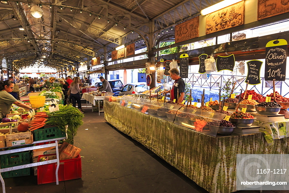 Marche Provencal, morning market, Vieil Antibes, French Riviera, Cote d'Azur, Provence, France, Europe