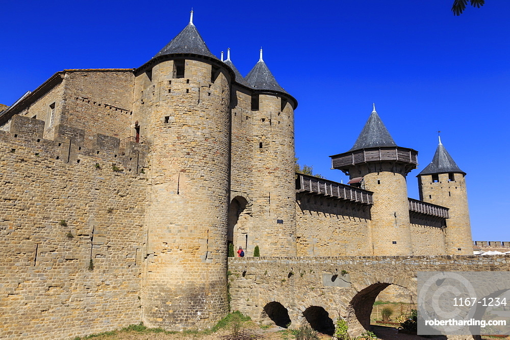 Chateau Comtal keep, La Cite, historic fortified city, Carcassonne, UNESCO World Heritage Site, Languedoc-Roussillon, France, Europe