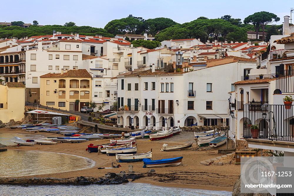 Calella de Palafrugell, early morning, fishing boats on small beach, Costa Brava, Girona, Catalonia, Spain, Europe