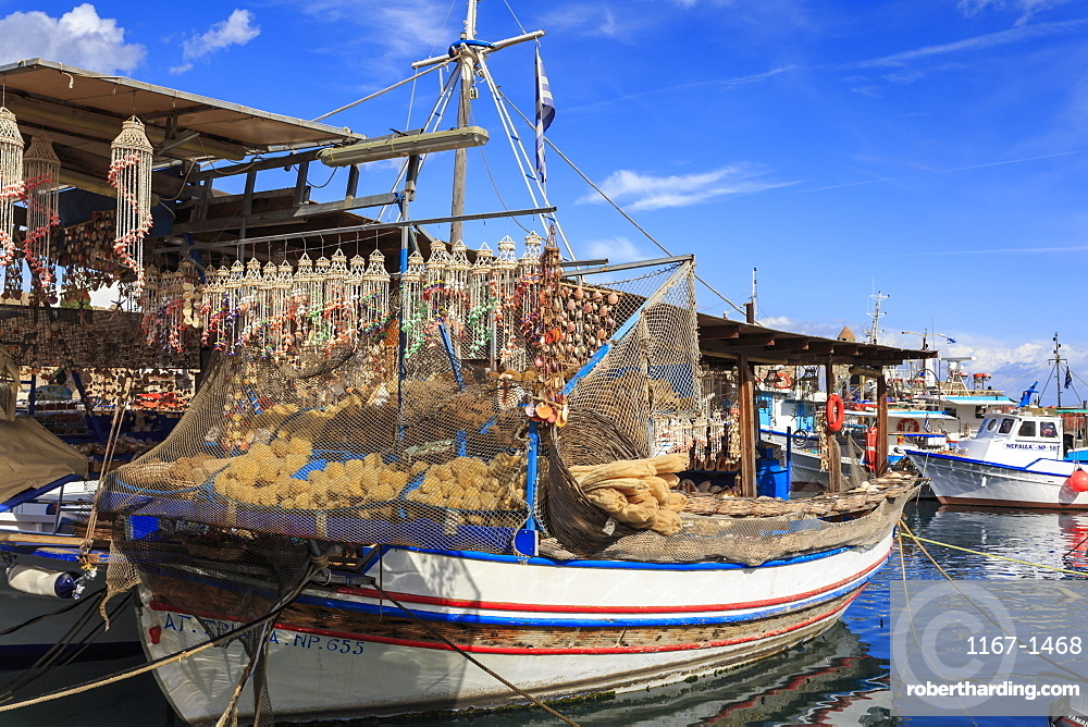 Fishing boats, Old Town harbour, Medieval Rhodes Town, UNESCO World Heritage Site, Rhodes, Dodecanese Islands, Greek Islands, Greece, Europe