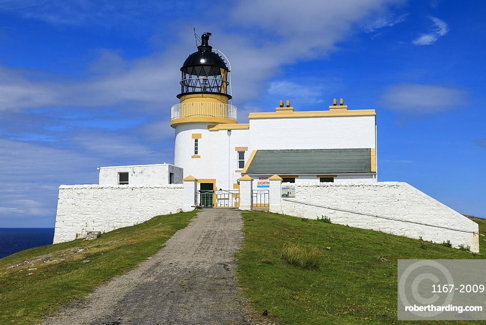 Stoer Head Stevenson Lighthouse, Summer, Stoer Peninsula, Lochinver, Sutherland, Scottish Highlands, Scotland, United Kingdom, Europe