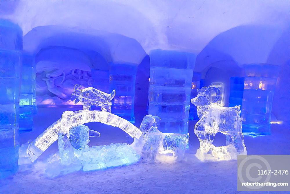 Sorrisniva Igloo Hotel, snow or ice hotel, striking sculpture, lobby, Alta, Winter, Finnmark, Arctic Circle, North Norway
